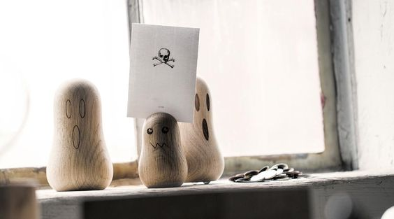 Deko Figuren GHOSTS von The Oak Men - kleine charmante Geister aus Holz