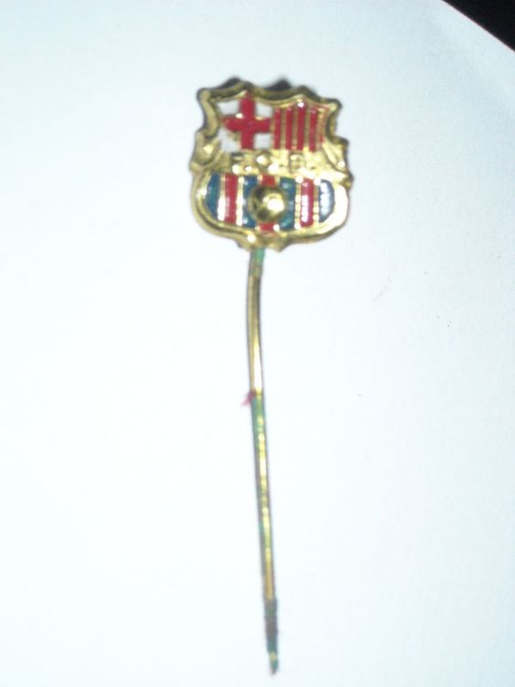PIN SOCCER FUSSBALL FOOTBALL GIOCO CALCIO barcelona barcellona