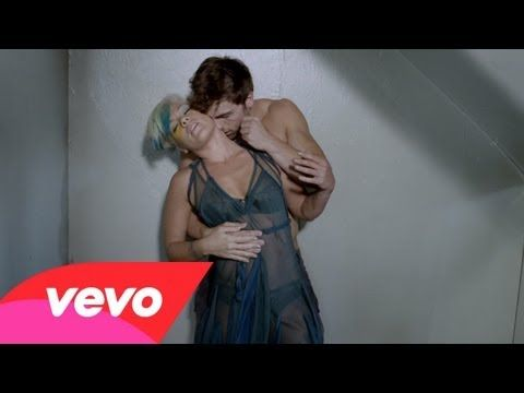 Music video by P!nk performing Try. (C) 2012 RCA Records, a division of Sony Music Entertainment
