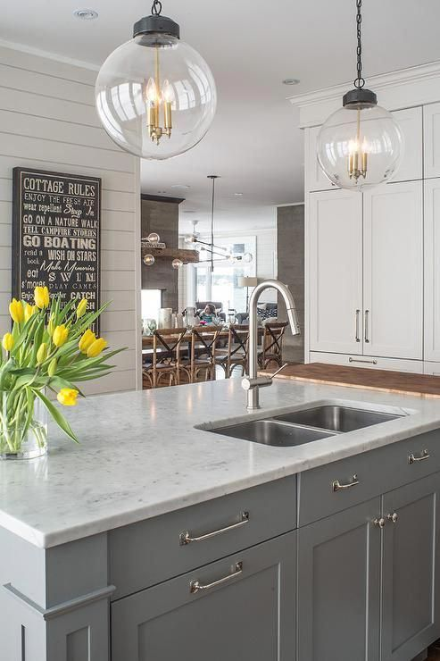 White Quartz Countertop With Grey Veins Marble Table Top Replacement Carrara Qu In 2020 Grey Kitchen Island Marble Countertops Kitchen Quartz Kitchen Countertops White