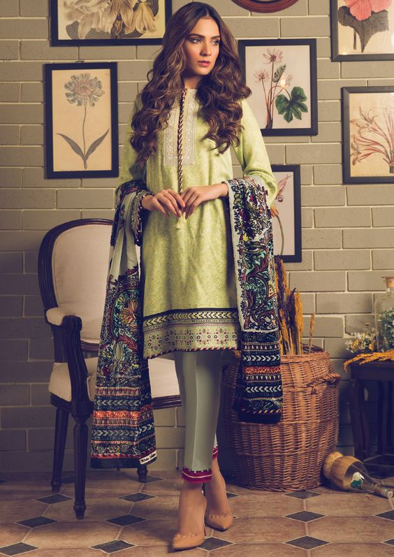 Pakistani Kurta Designs For Ladies Light yellow winter kurta