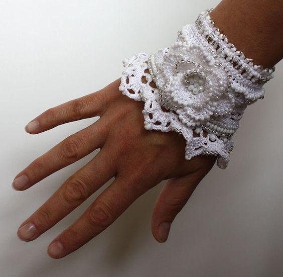 White Jewelry White Flower Crochet Bracelet Crochet by stasiSpark: