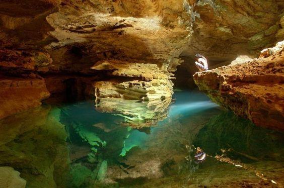 National Geographic ~ Grutas de Cacahuamilpa Caverns