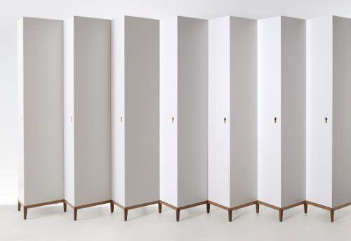 Histoire d'angle Armoire Contenitore par Ron Gilad - Blog Esprit Design #design #furniture