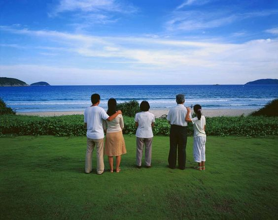 Weng Fen - Staring at the Sea, 2004, No. 3, c-print, 125x165cm