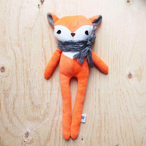 Nicolas - friendly fox