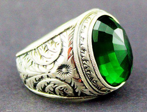 birth stones emeralds and births on