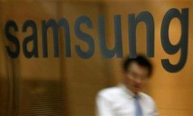 Samsung muscled its way again on top of the global smartphone market by capturing 29.1 per cent of the pie in the first quarter of the current year and effectively overtaking its chief rival, Apple:
