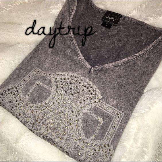 Daytrip embellished v neck Daytrip embellished v neck, worn once! Daytrip Tops Tees - Short Sleeve