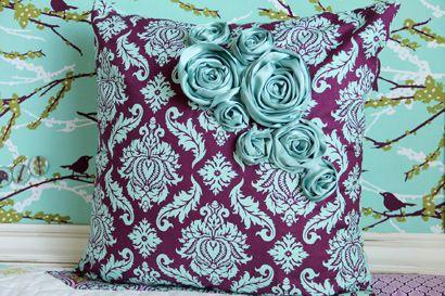 pillows pillows pillows: Pillows Pillows, Cute Pillows, Decorative Pillows, Fabric Rose, Pillow Ideas