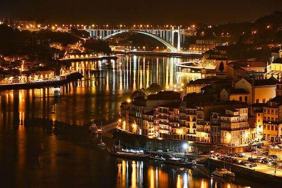 Passagem de Ano Porto 2012-2013 na Avenida dos Aliados | Porto | Escapadelas ®
