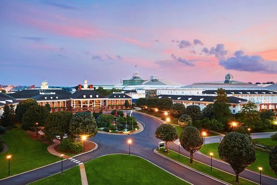 Nashville, TennesseeGAYLORD OPRYLAND RESORT   This lavish resort offers the finest in Southern hospitality combined with  all of the excitement and energy of Music City.