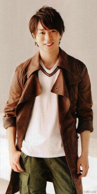 櫻井翔のロングジャケット
