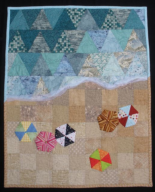 A Day at the Beach #quilt with pyramid patchwork:
