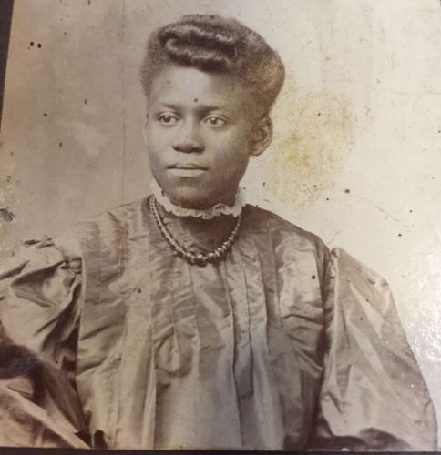 Antique-African-American-Cabinet-Card-Albumen-Photo-Young-Woman-Richmond-VA
