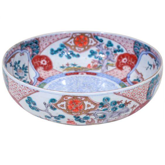 1stdibs | Antique Japanese Hand Painted Porcelain Imari Bowl