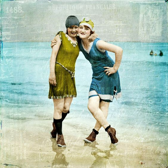 ▫Duets▫ sisters, twins & groups of two in art and photos - flapper beach girls: