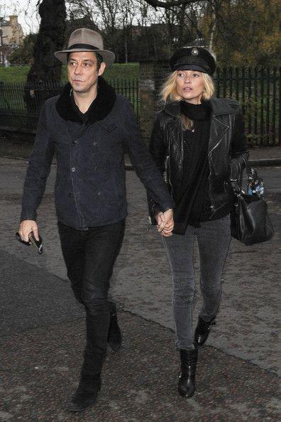 Kate Moss Photo - Kate Moss and Jamie Hince Leave a Pub