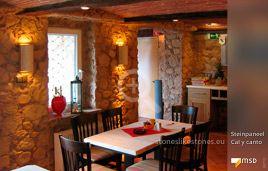 Mediterranes Restaurant-Ambiente mit MSD-Steinpaneel Cal y Canto von StoneslikeStones - 00712