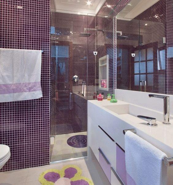 Banheiro decorado com pastilhas: