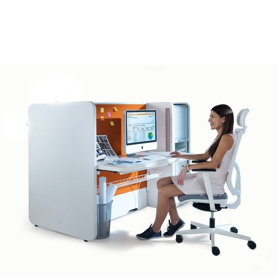 Stand Up Desk is a ratchet height adjustable office desk.