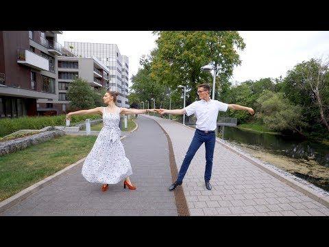 The Dziemians Quot Kochaj Mnie Tak Quot Pierwszy Taniec Youtube Wedding Dresses Wedding Dresses