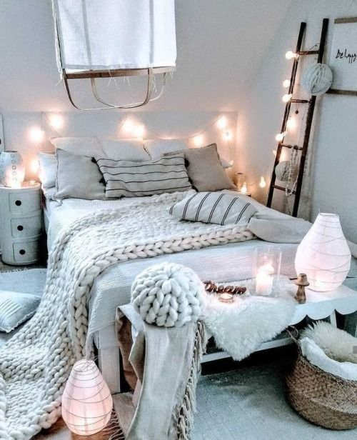 All Of These Ideas Are Simple Enough To Pull Off In A Day Or Two And Will Make A Dramatic Difference In Yo Cozy Small Bedrooms Cute Bedroom Ideas Small Bedroom
