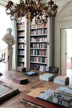 Paris Apartment #home #house #design #interior #ideas #homedesign #interiordesign #decorations #furniture #homedecor