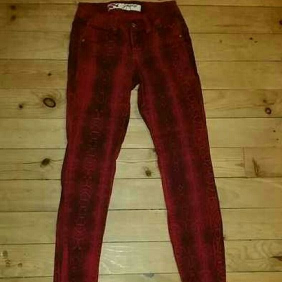 Snake printed skinny jeans Jeans from grane... gently worn.. still in gd condition.. jeans super comfy.. inseam 30. Size 1 Jeans Skinny