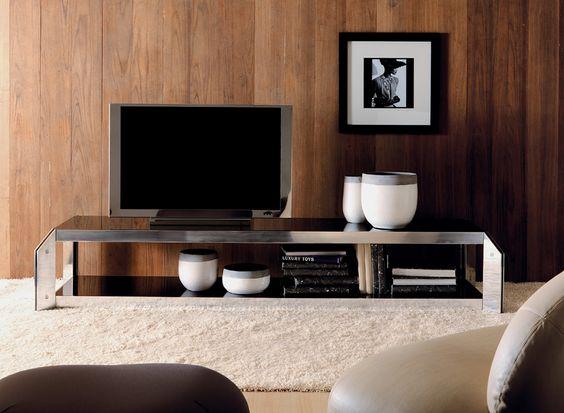 ESEDRA DESIGN - 45G - Tavolo e scaffalatura con struttura in alluminio laccato o lucidato - PAOLO CHIANTINI - GUALTIERO SACCHI http://www.esedradesign.it/product.asp?id=16
