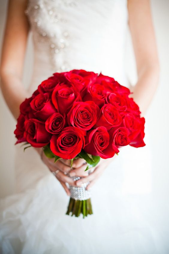 اجمل مسكات ورد للعروس باللون الاحمر 2017 08c14865f42e1e0bccf6