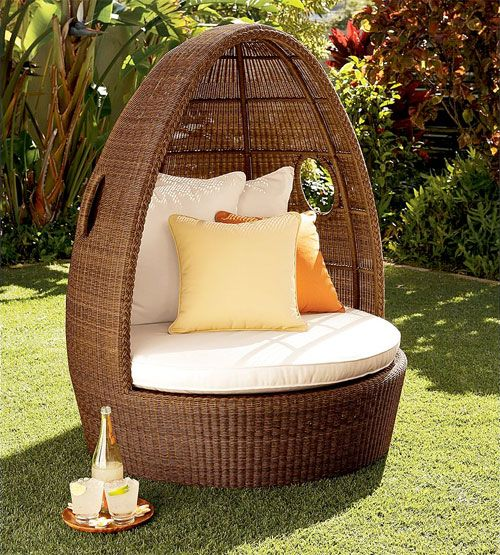 some day I WILL own an egg chair <3