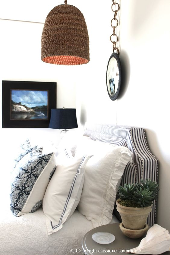 How to make the most of a small blue white bedroom - How to make the most of a small bedroom ...