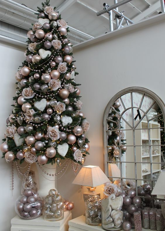 Champagne Copper And Silver Christmas Tree Decor With A Shabby Chic Gold Christmas Tree Decorations Pink Christmas Tree Decorations Christmas Tree Inspiration