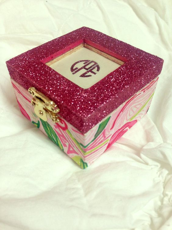 Perfect pin box for a perfect little!