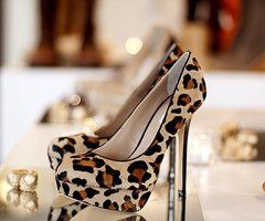 I would totally wear these, if I could be carried around or could sit all night.  They are gorgeous.