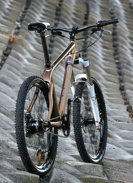 sweet Rohloff mtb (who is that frame by???) Visit us @ http://www.wocycling.com/ for the best online cycling store.