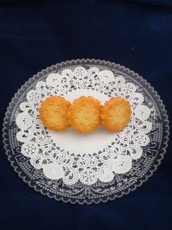 こんがり焼けたよクッキーのバレッタ
