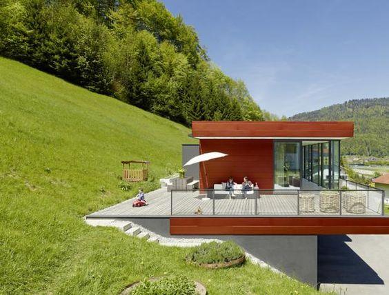 architektenh user familiendomizil am hang. Black Bedroom Furniture Sets. Home Design Ideas