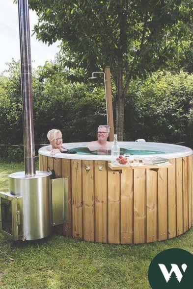 Garteninspiration Von Welvaere Hot Tub Und Sauna Wellness In 2020 Whirlpool Garten Sauna Wellness Badefass