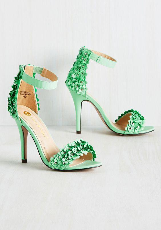 Special Occasion Shoes - Fleur-Dimensional Heel in Pistachio