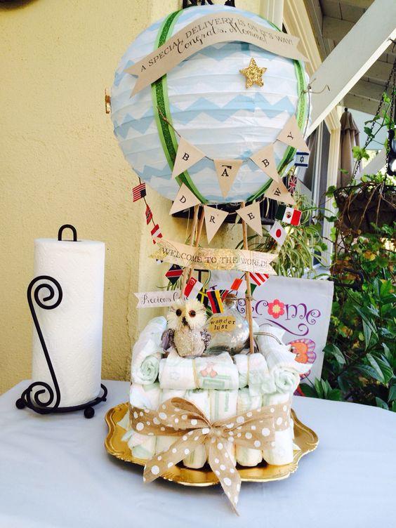 Diy hot air balloon diaper cake wanderlust baby shower for Wanderlust geschenke