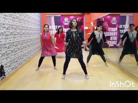 Oh Ho Ho Ho Hindi Medium Zumba Fitness Youtube Zumba Workout Hindi Medium Zumba For more fitness dance videos subscribe. pinterest