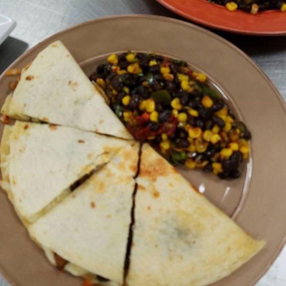 #deliverybistro Delicious quesadillas https://t.co/rFvRYzYw1T