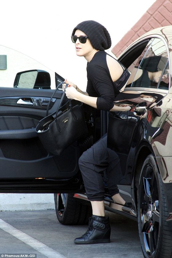 Rehearsal ready: Rumer had her game face on as she hopped out of her Mercedes Benz...