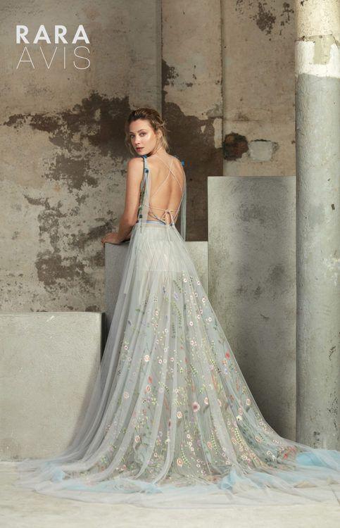 Lofgrein | Sweet wedding dresses, Blue