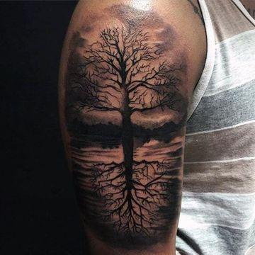 Grandes Detalles En Tatuajes De Arboles Para Hombres Tatuaje De Arbol Para Hombres Tatuaje Vida Disenos De Tatuajes Para Hombres