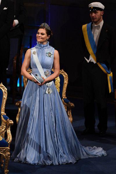 Princess Victoria Photos - Crown Princess Victoria of Sweden attends the Nobel Prize Awards Ceremony at Concert Hall on December 10, 2017 in Stockholm, Sweden. - The Nobel Prize Award Ceremony 2017
