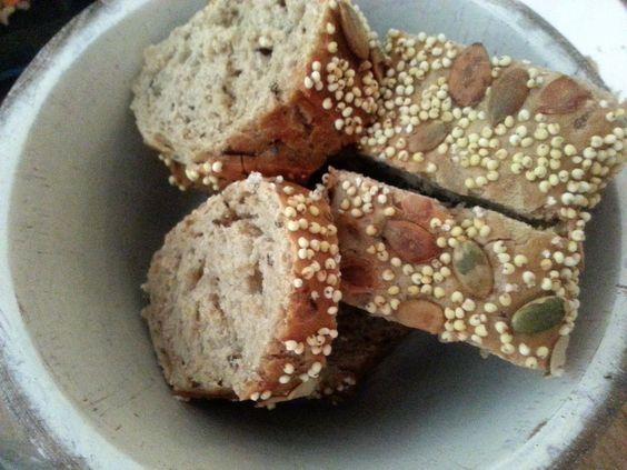 Pan de semillas de cereales. http://ow.ly/oQ3p3