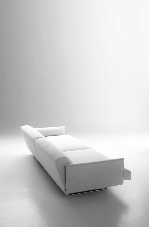 White Couch | Couch . Sofa . Canapé | Inspiration @ Love Minimal Style | |  .Design. Interior. Art. Furniture. Architecture. | Pinterest | White  Couches ...